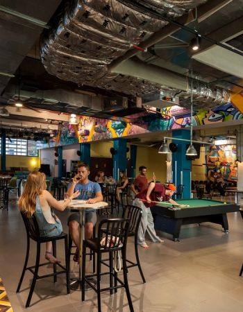 Abraham Hostel Bar