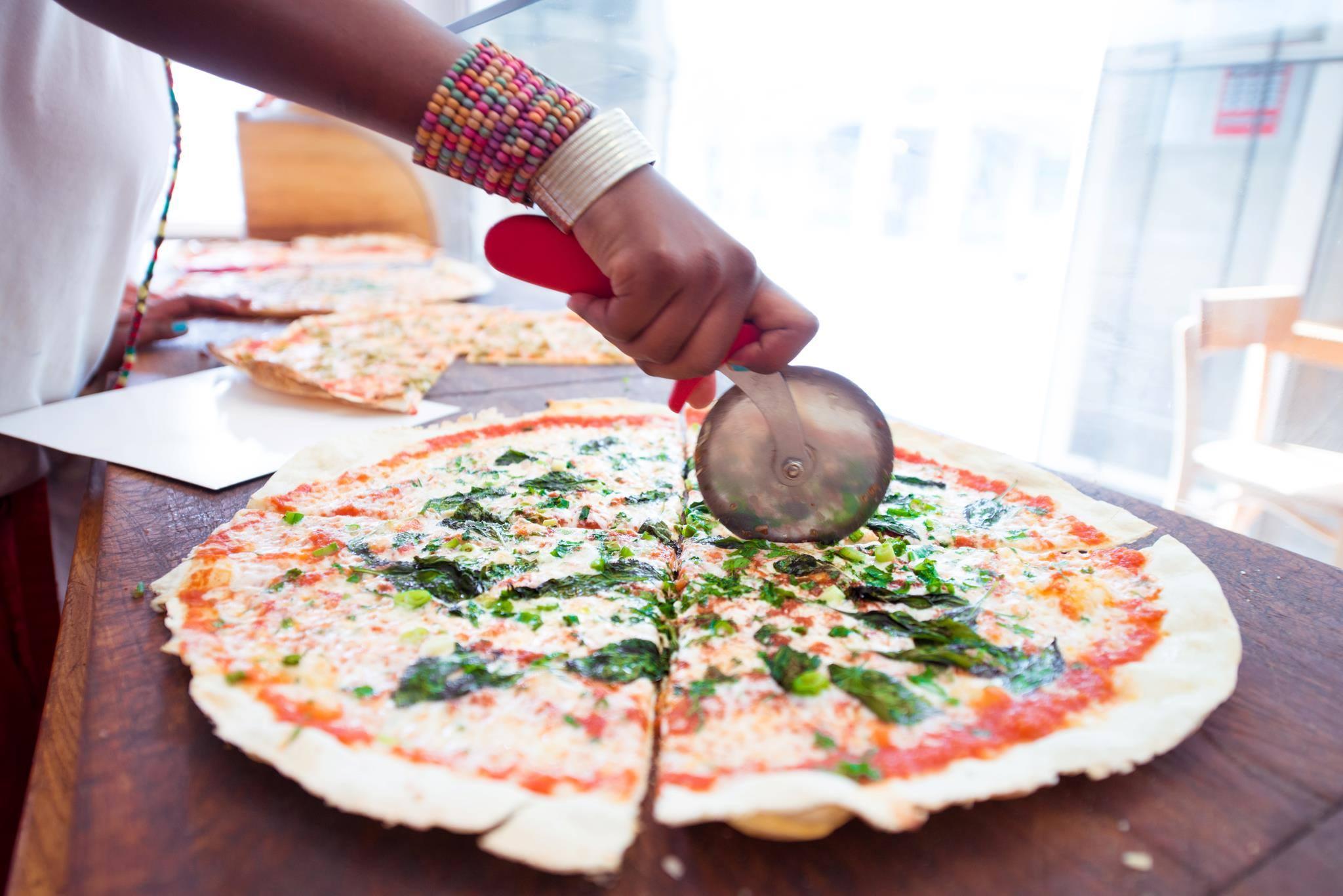 Pizza Tel-aviv